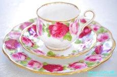 画像1: ロイヤル・アルバート ダブルソーサー Old English Rose オールド イングリッシュ ローズ (1)