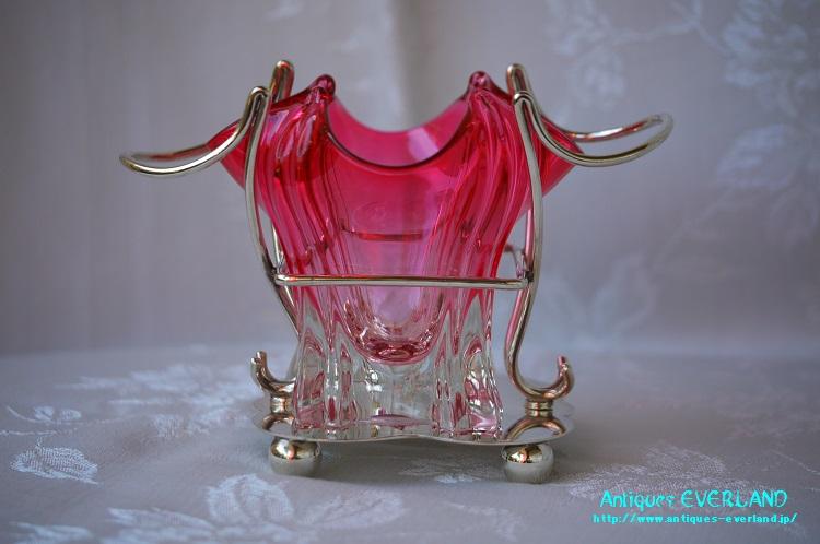 画像1: クランベリー ガラス ベース 花器 シルバースタンド台付 (1)